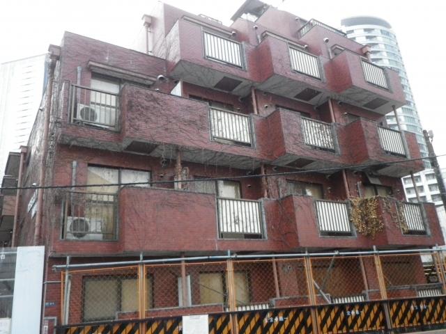アパートの老朽化による立ち退き費用は誰の負担になるのか
