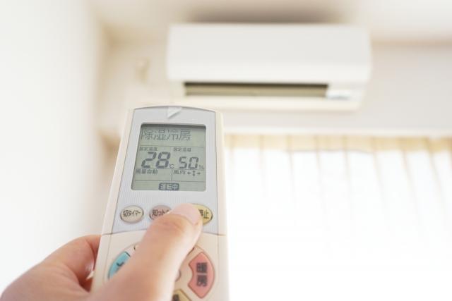 エアコンの効率的な使い方!節電効果が高いのは温度?風量?