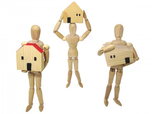 物件選びのめやすに!軽量鉄骨と木造の特徴や耐用年数の違い