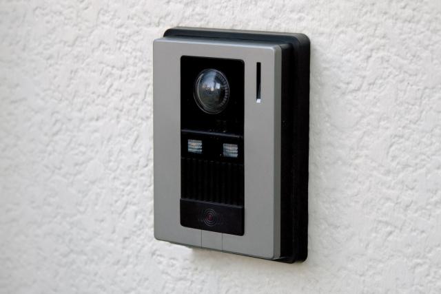 誰でもできる!玄関のインターホンを簡単に交換する方法