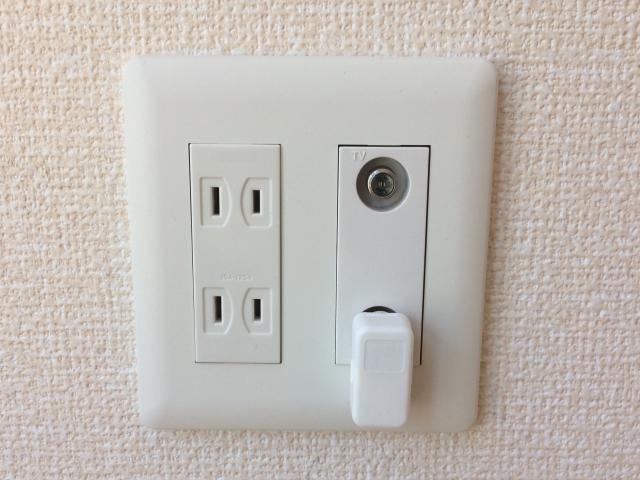 テレビ用コンセントがなくアンテナ線が繋げない!対処法は?