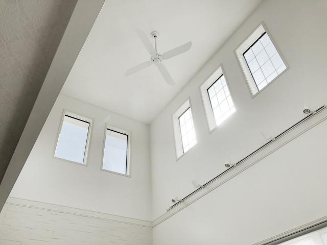 建築基準法による採光に有効な開口部とは?店舗には必要?