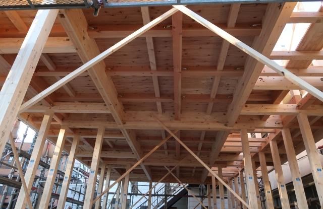 木造アパートの防音性!他の構造との比較と自分でする対策