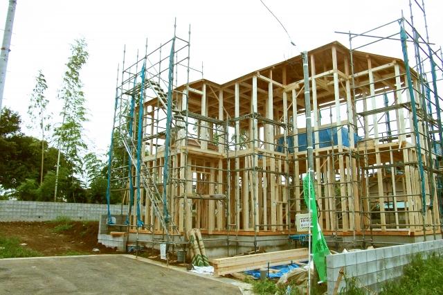 木造住宅のここが不安!ベランダの耐荷重はどれくらいなの?