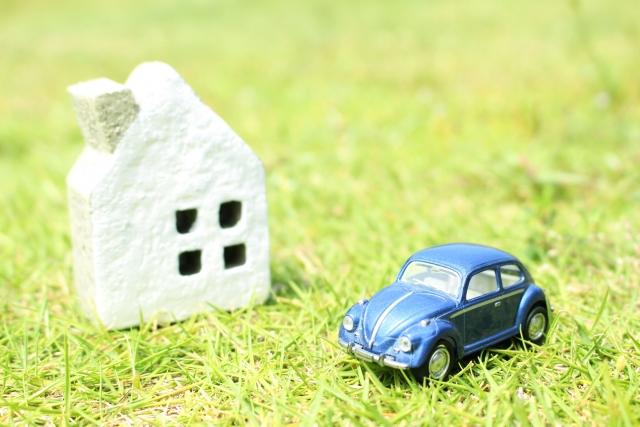 風雨から車を守る!木造などの車庫の値段はどれくらい?