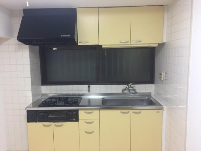 賃貸のキッチンを広々使いたい!狭いキッチンの収納術