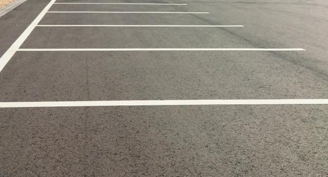 駐車場経営でコンクリート舗装するなら!厚さはどれくらい?
